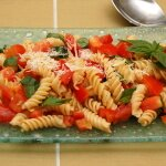 Fresh Tomato and Basil Pasta Salad